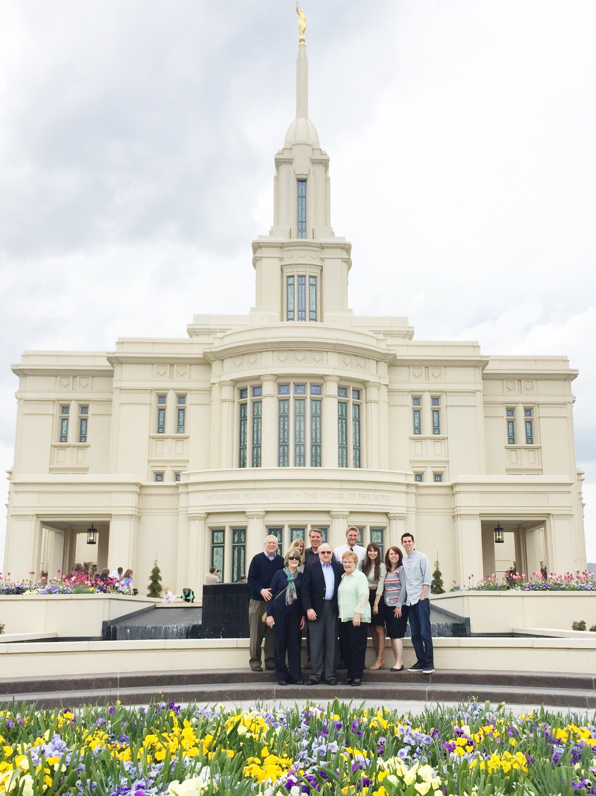 While Everyone Was In Town Last Week, We Were All Able To Go To The Payson  Temple Open House! I Loved Spending Time With Both Of Our Families In This  New ...