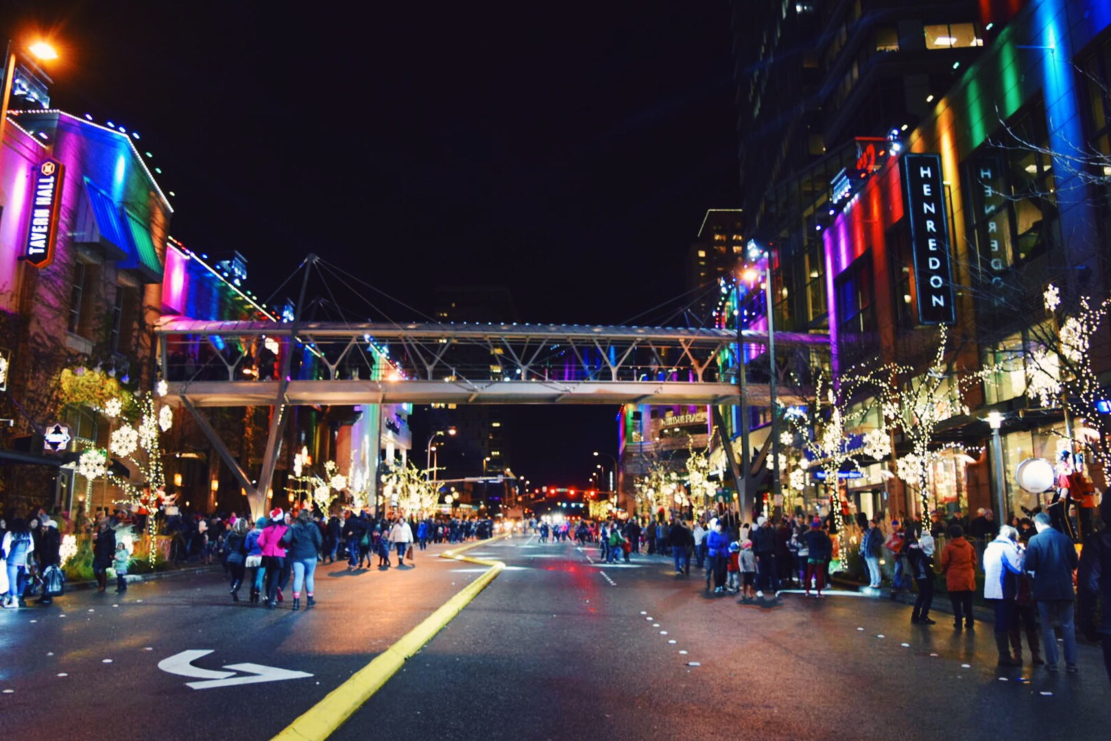 Little Dates #19: Snowflake Lane